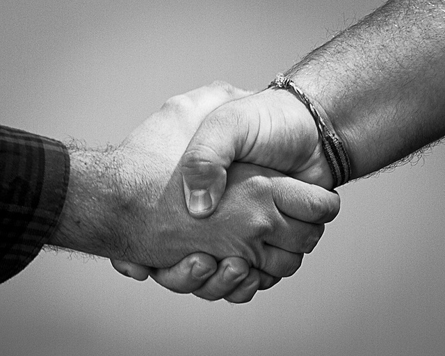 "Banks ""no longer fear"" marketplace and P2P lenders and robo advice, finds study"