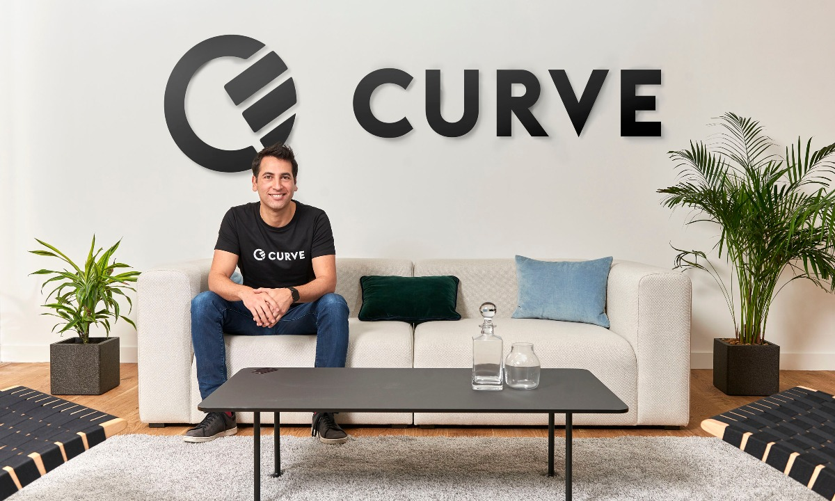 Curve smashes crowdfund raise