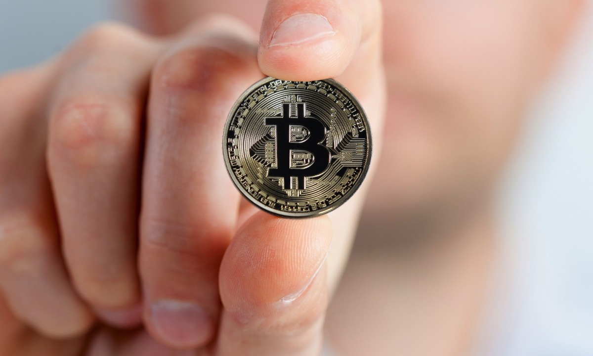 FCA proposes ban on digital currency derivatives