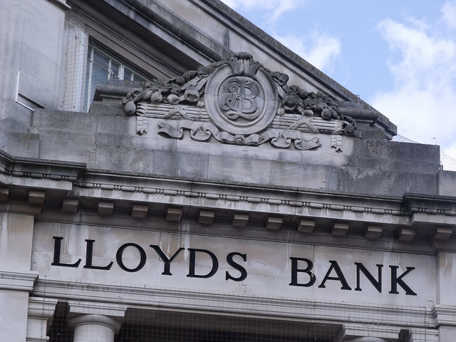 Fintech bull Neil Woodford buys back into UK banks with Lloyds stake