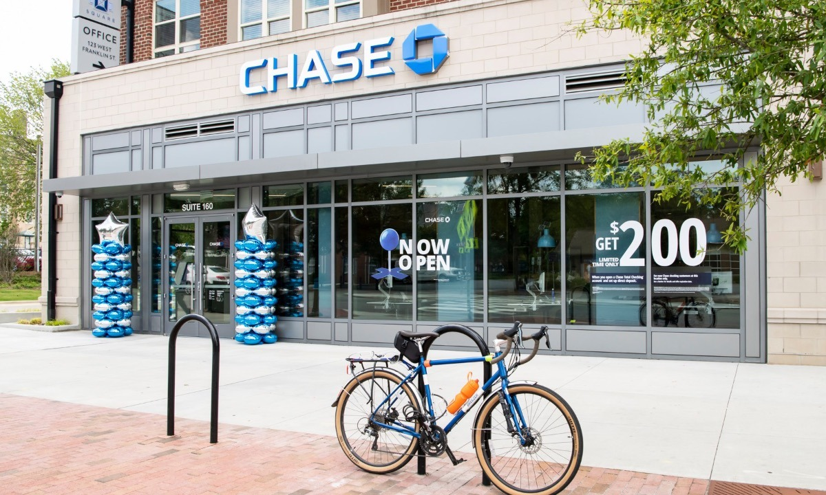 JP Morgan finally puts launch date on digital bank Chase