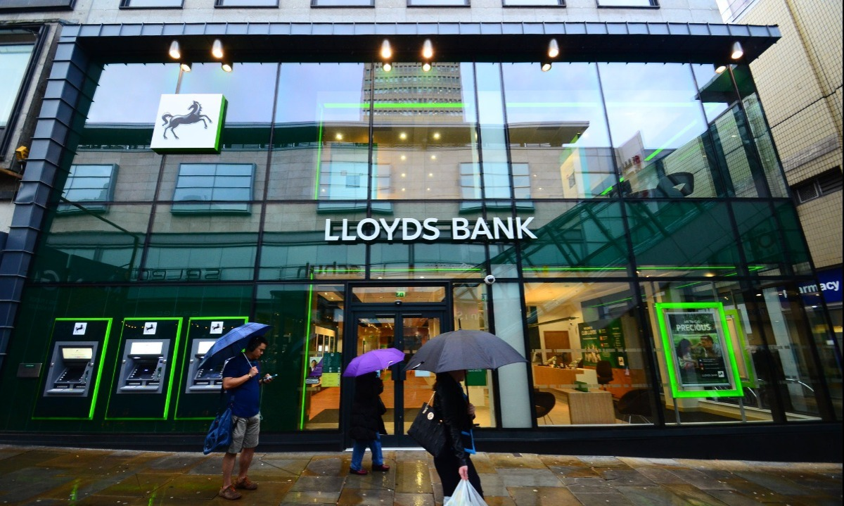 Lloyds in insurance joint venture with US start-up Trov