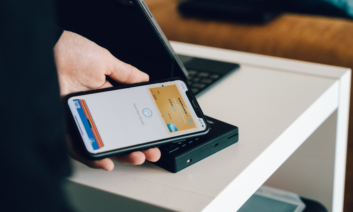 Nearly 12bn transactions in the UK to shift away from cash by 2023, says Accenture