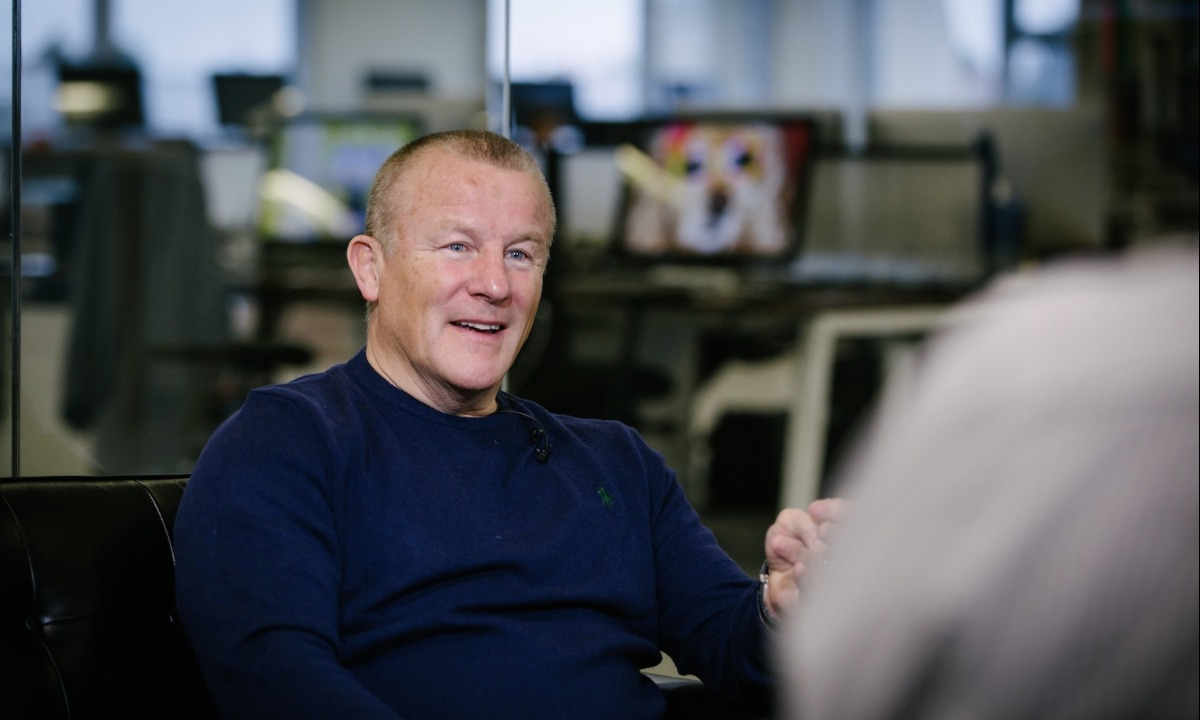 Neil Woodford sells stake in P2P fund