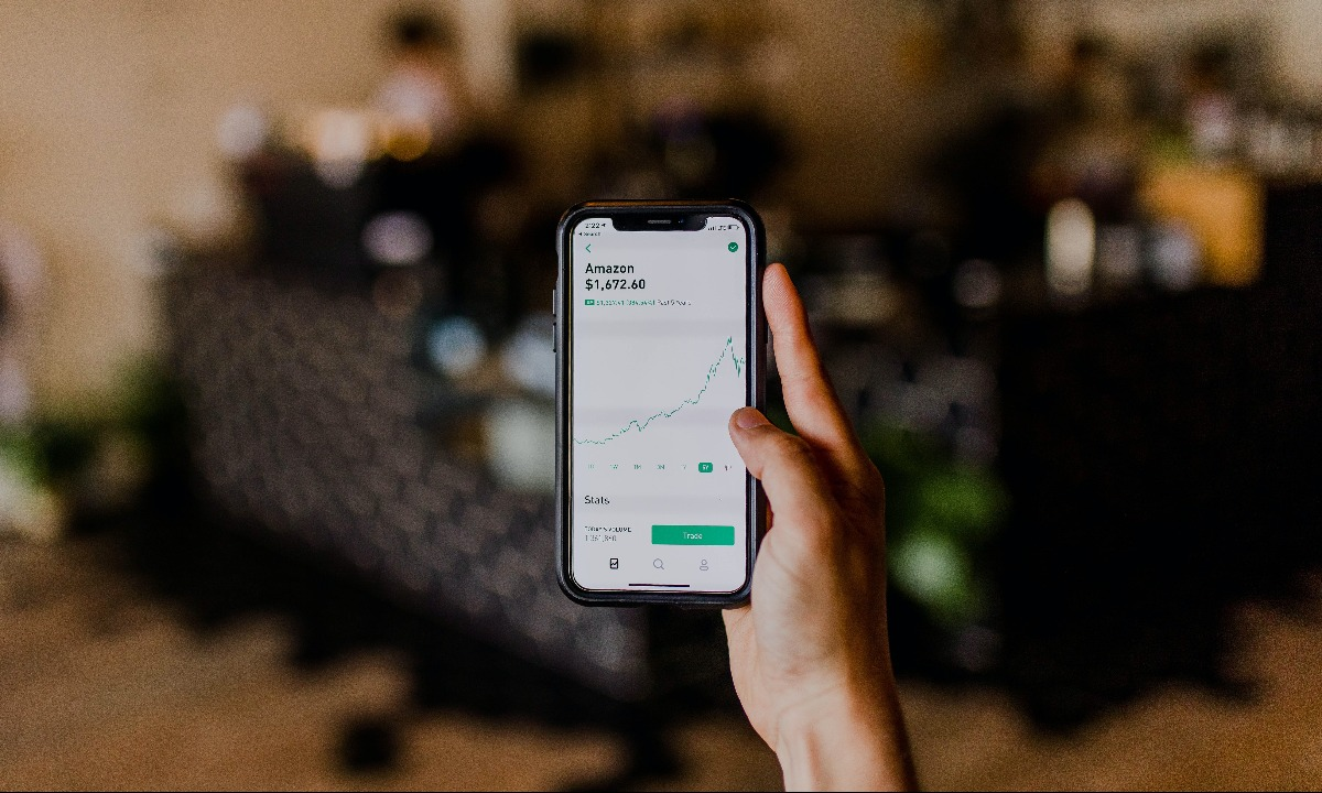 New data show UK fintech apps' popularity peaked in 2019