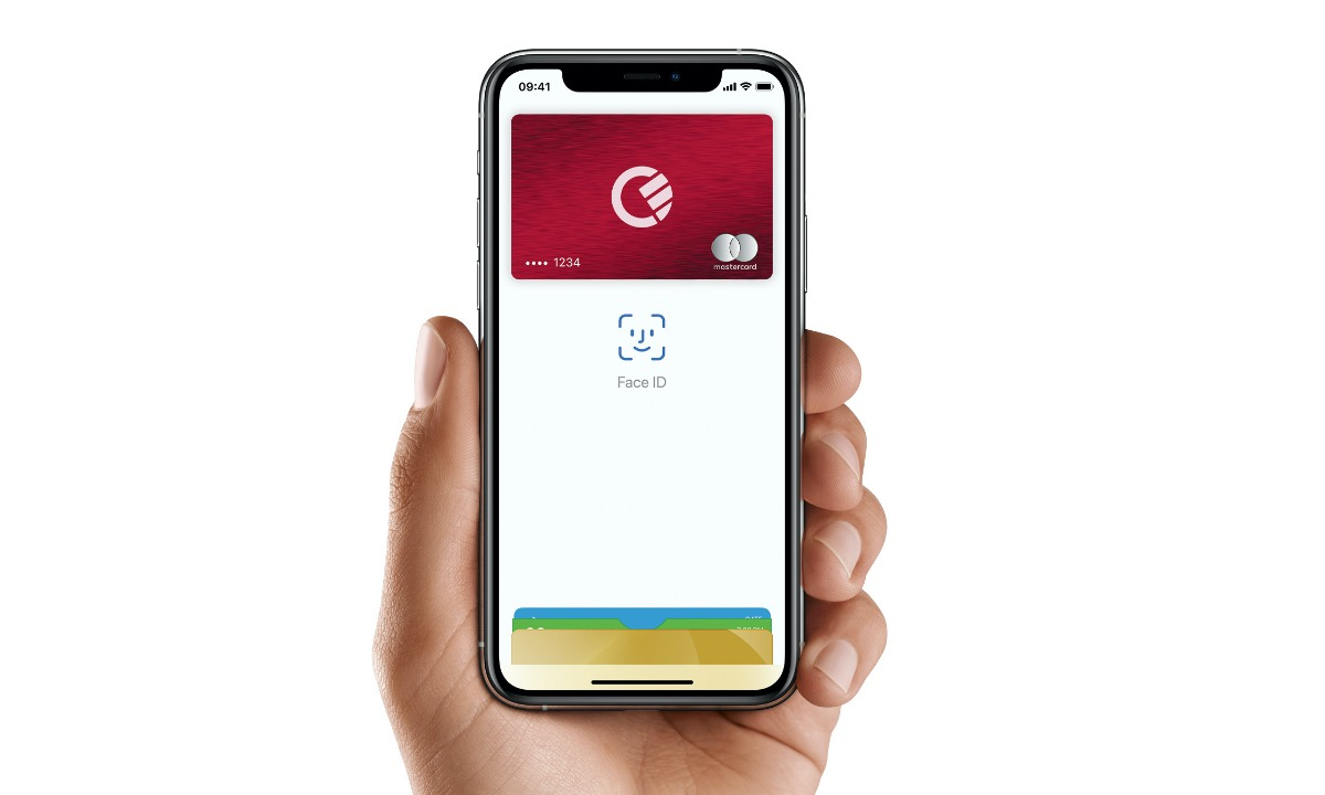 Now with Apple Pay, Curve's all-in-one card takes consolidation to its conclusion