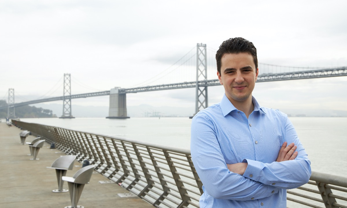 Onfido appoints tech veteran as CEO, as co-founder steps down