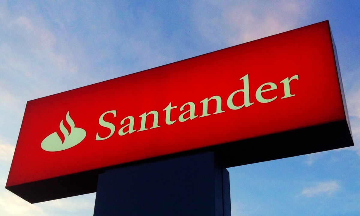 Santander to launch standalone digital bank