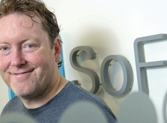 SoFi CEO Mike Cagney to step down