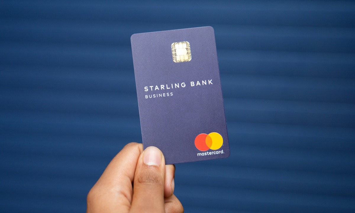 Starling Bank launches two-in-one Euro debit card