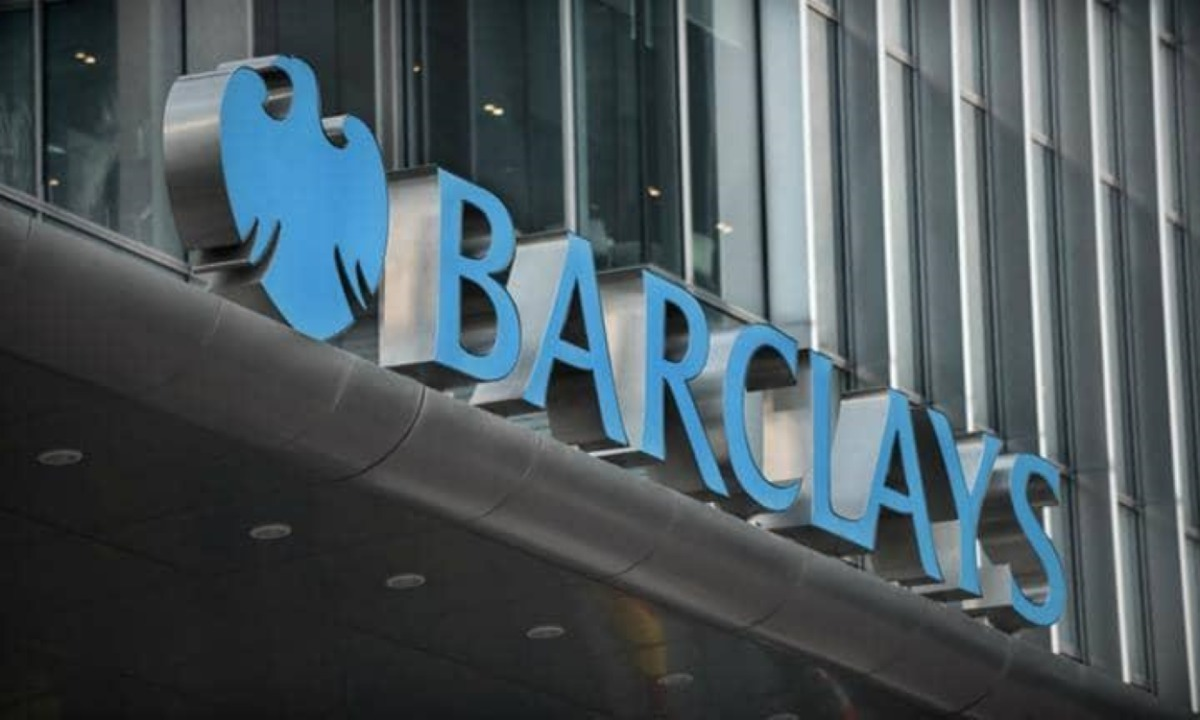 What is Barclays' fintech strategy?